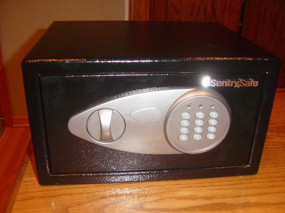 Review : SentrySafe Pistol Safe