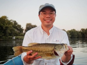 "17"" largemouth bass"